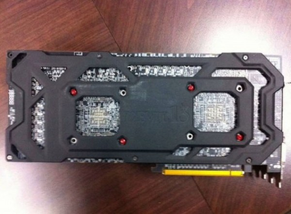 Powercolor R9295X2Devil13 4