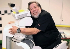 Woz does not think Robots will enslave us