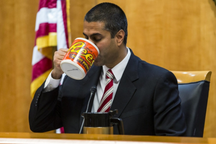 FCC Fabricated DDoS Attack During Net-Neutrality Fight: Reason Roundup - Hit & Run
