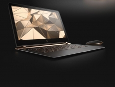 "HP gets ""the world's thinnest"" title"