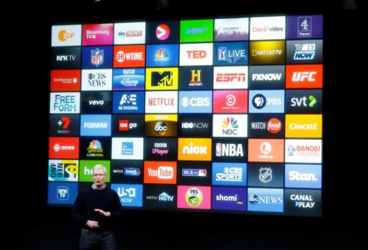 Apple beefs up video business with new exec hires