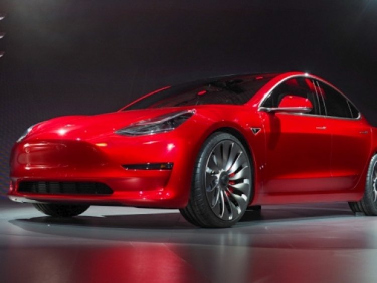Elon Musk is seriously considering taking Tesla private