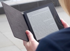 Amazon delivers a waterproof Kindle