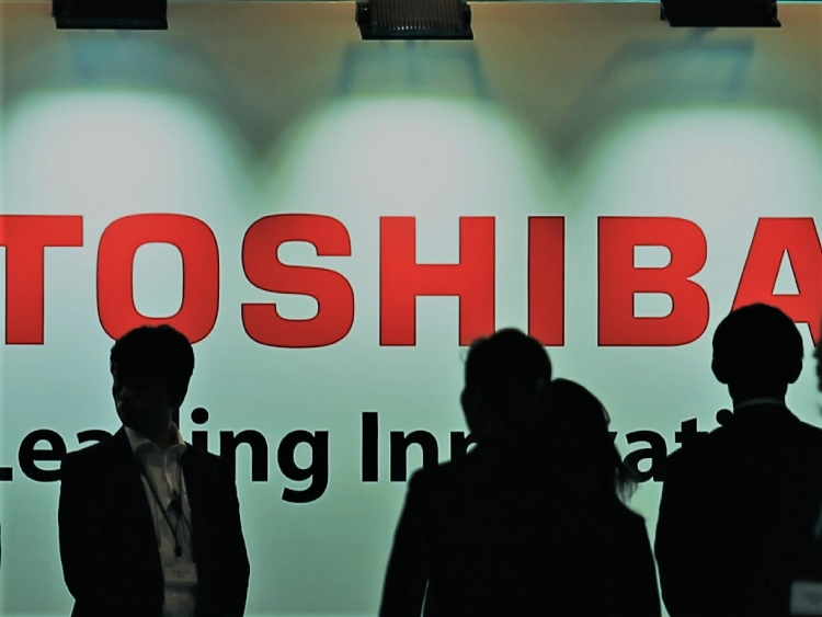 China approves Toshiba's plan to sell chip unit