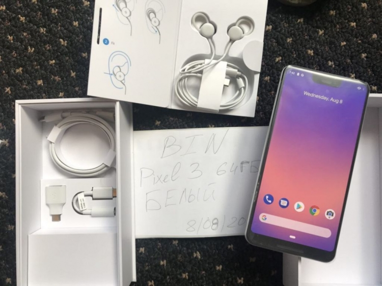 Google Pixel 3 XL leak shows notch and USB-C headphones