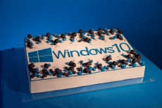 Windows 10 anniversary edition is with us