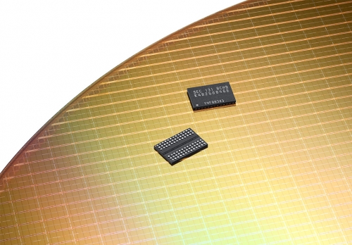 Samsung starts production on TSV DDR4