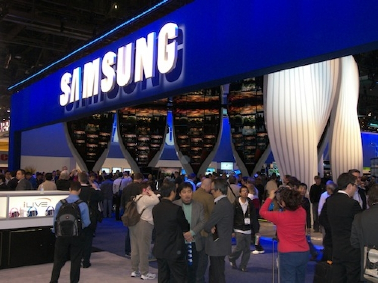 Samsung expected to post higher profit than Apple for the first time