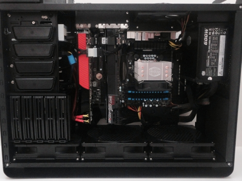 silverstone_fortress_ft02_internals
