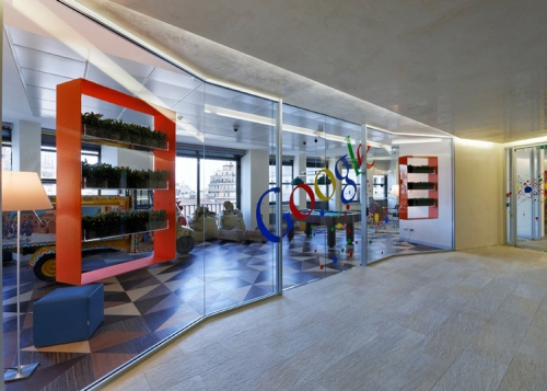 Google lets workers back into the office