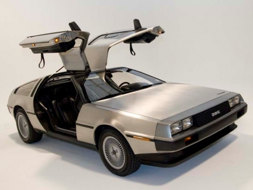 DeLorean comes back from the future