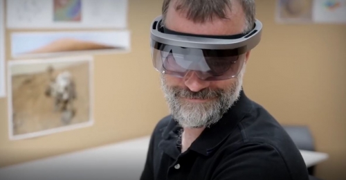 Microsoft is expected to announce its HoloLens 2