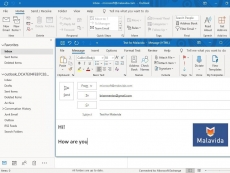 Microsoft builds universal Outlook client