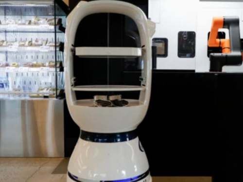 Robot baristas take over following coronavirus