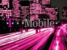 T-Mobile signs 5G deal with Ericsson and Nokia.