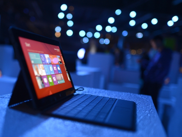 Microsoft will miss its billion devices target