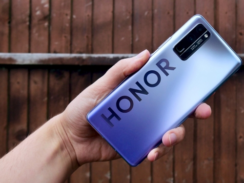 Huawei might sell Honor smartphone unit