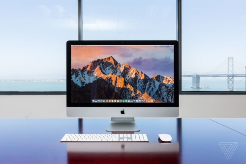 "Apple ""refreshes"" iMacs with old technology"
