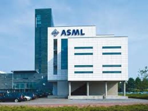 ASML says Samsung not involved in IP theft.