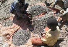 Apple, Samsung and Sony in child-labour claim