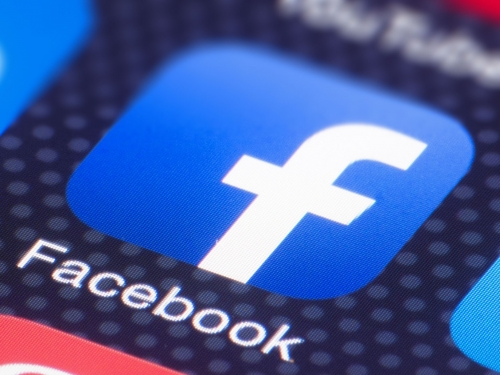 Facebook plans UK expansion