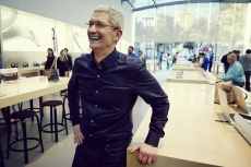 Apple should expect iPhone sales to fall