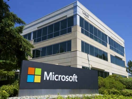 Trump advisor wants Microsoft to pull out of China