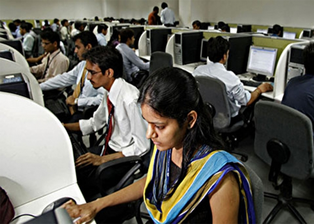Apple looking at cheaper Indian developers